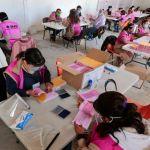 llegada de papeleria para la consulta popular en el edomex - Los colegios electorales abren en el país para la consulta ciudadana – SinEmbargo MX