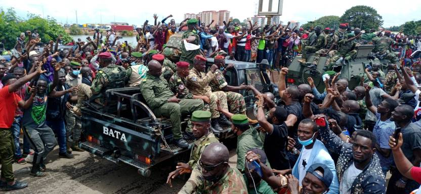 6XJ4XEUQONGT66KPUJ2CC7RJZE scaled - Militares golpistas de Guinea declaran que habrá gobierno de unidad