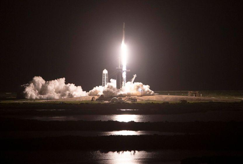 """GettyImages 1340608745 - Cuánto costó la misión """"Inspiration4"""" de Space X con civiles a bordo"""