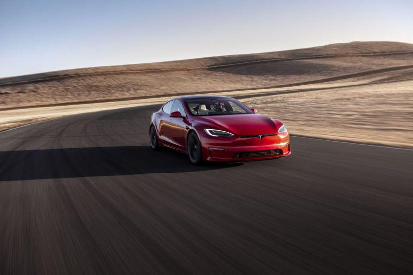 Tesla ModelSPLAID Front - Tesla Model S Plaid supera al Porsche Taycan en Nürburgring