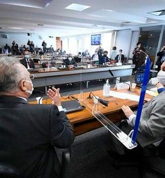 119030793 51255323936 bd62a58567 z 1 - Bolsonaro: las 9 acusaciones contra el presidente de Brasil por su gestión de la pandemia