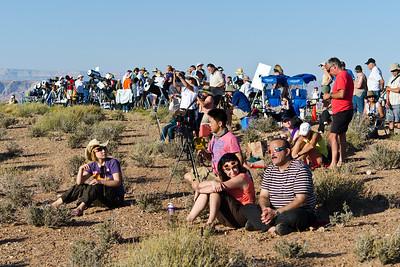 Wahweap Overlook eclipse fans