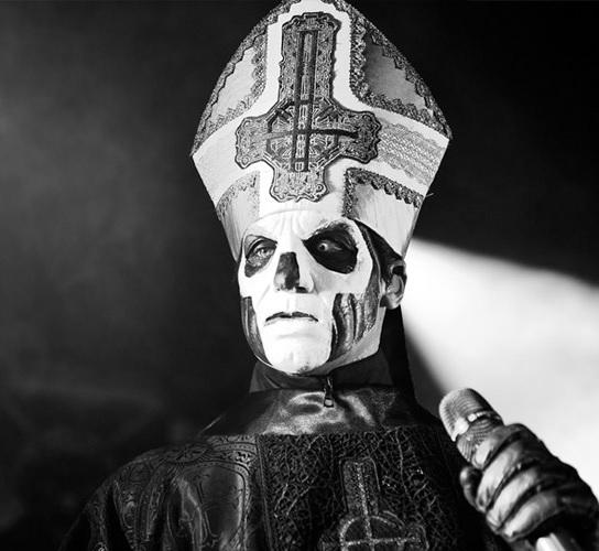 seattle-mike-ford-ghost-papa-emeritus-iii-2016