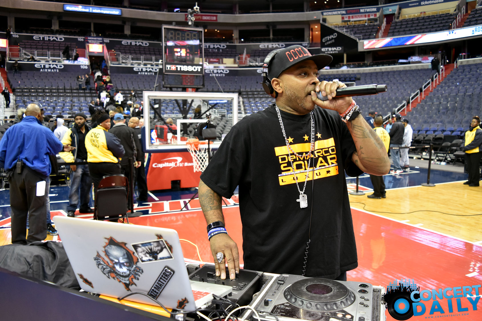 go go music took over the 2nd washington wizards friday night