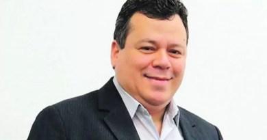 Atual vereador, ele disputou a Prefeitura pelo PSD, mas perdeu para o atual vice-prefeito, Rafael Piovezan, que disputou o cargo pelo PV