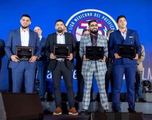 Beisbolistas mexicanos de Grandes Ligas reconocidos por la LMP