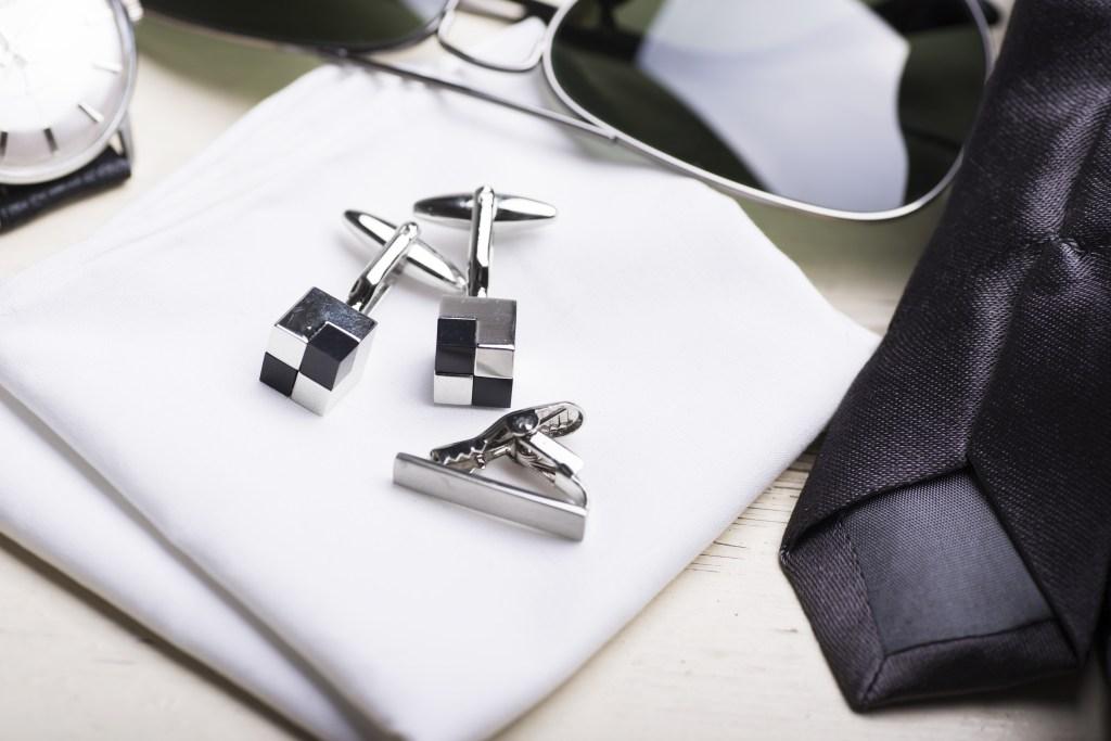 Men's White Handkerchiefs