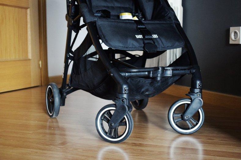 Ruedas de la silla ligera compacta Kuki de Baby Monsters, para bebés de un año