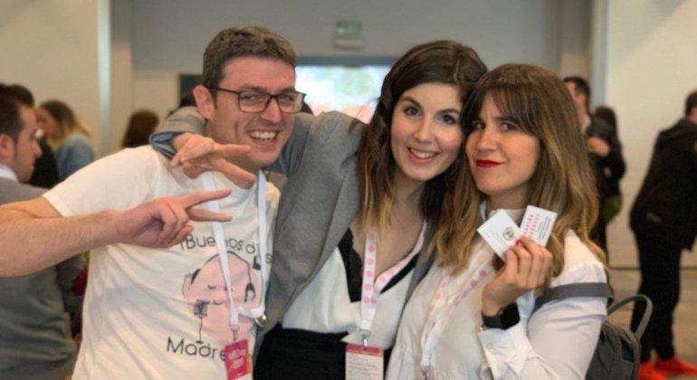 Foto de blogueros y blogueras en el MBDay Madresfera Bloggers day