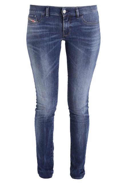 Diesel jeans Saldi: 5 pezzi furbi (e indispensabili) che non potete perdere