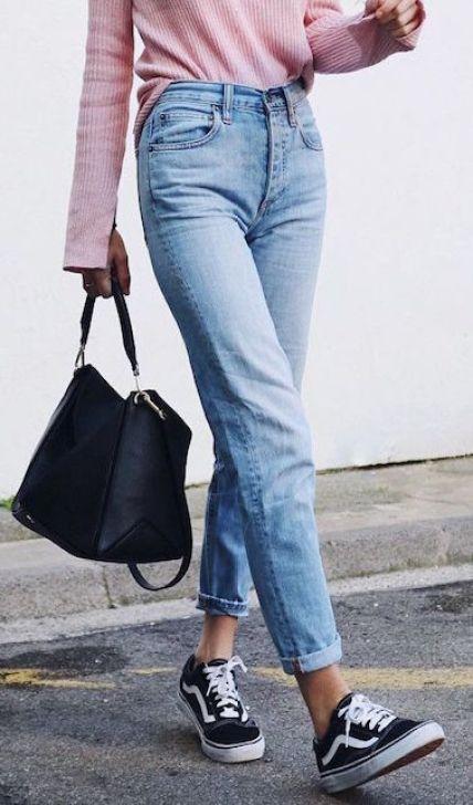 Jeans: miniguida su come scegliere quello perfetto bootcut