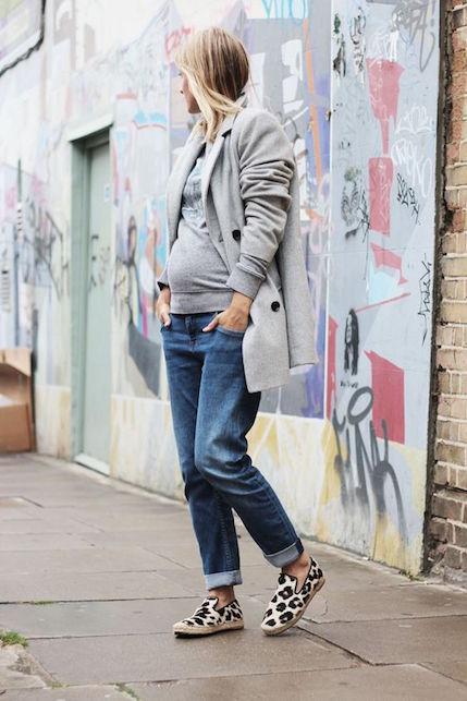 In viaggio col pancione: idee di look facili e (soprattutto) comode