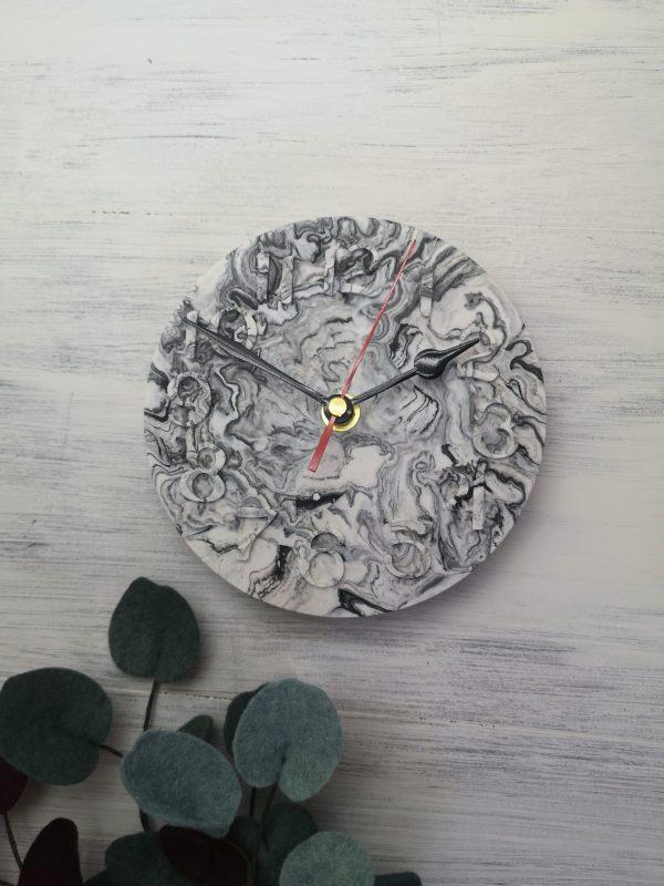 Custom Colour Marbled Clock main photo