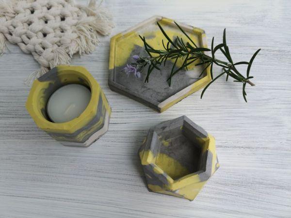 Custom marbled Jesmonite pots main photo yellow and grey