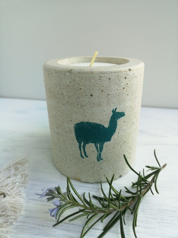 Llama Candle photo 1