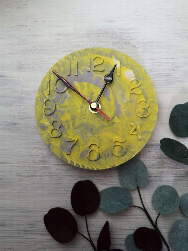 Custom Colour Marbled Clock photo 3