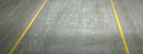 yellow-marking--safety-line-concrete-mender