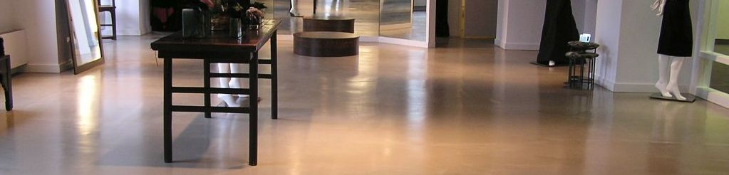 Colored floor sealer for interior floors similar to indoor concrete floor paint. Solid color epoxy floor paint for concrete. High traffic abrasion resistant floor enamel in solid colors.