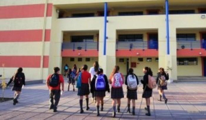 "Estudiantes posicionan a sus colegios entre los mejores<span class=""wtr-time-wrap after-title"">Lectura de <span class=""wtr-time-number"">2</span> min.</span>"