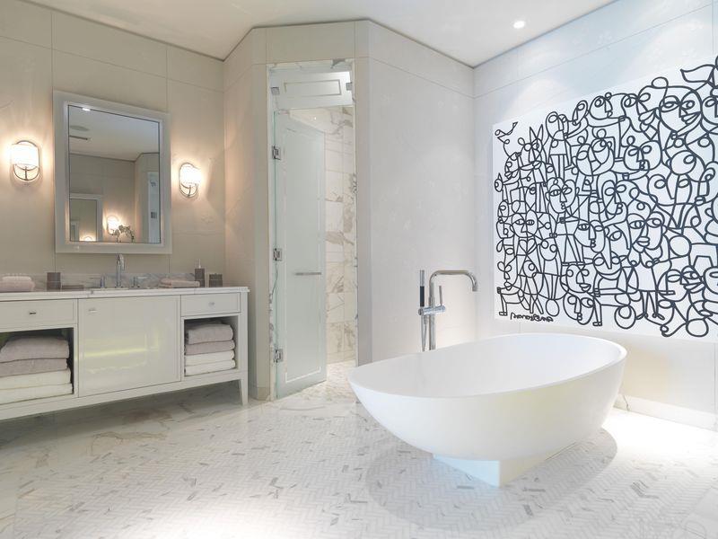 Pier 27 Condos Bathroom Toronto, Canada