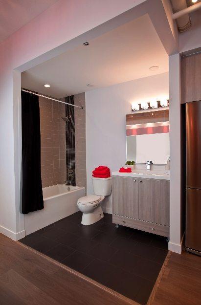 Post House Condos Bathroom Toronto, Canada