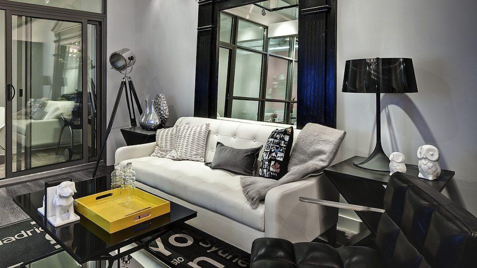 8 Gladstone Condos Living Area Toronto, Canada