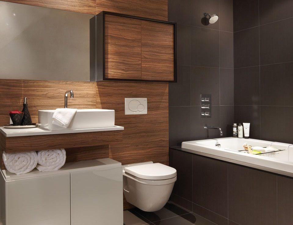 Nicholas Residences Condos Bathroom Toronto, Canada