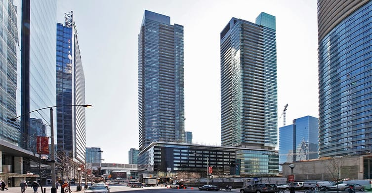 Exterior image of the Maple Leaf Square - South Tower in Toronto