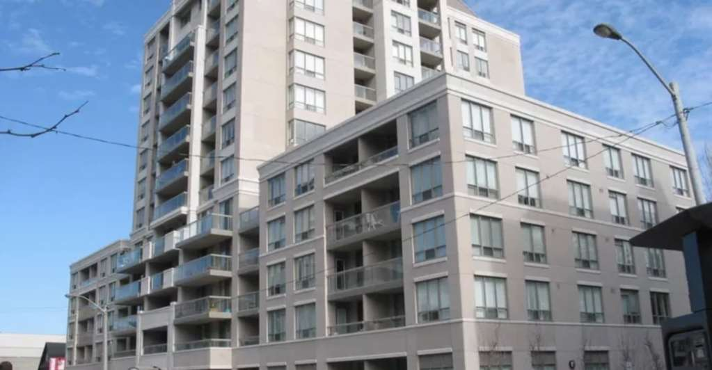 Exterior image of the Rio II Condos in Toronto