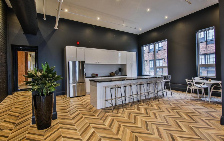 Dundurn Lofts Unit Kitchen
