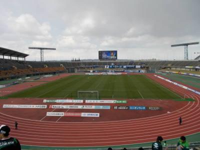 富山県総合運動公園陸上競技場~デカすぎるけど飯はうまい~