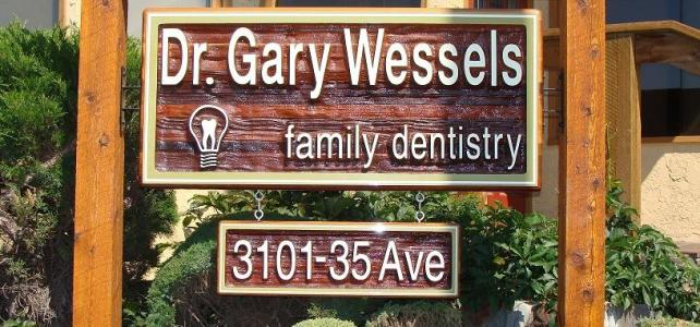 Dr Gary Wessels