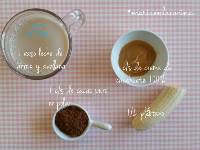 ingredientes batido de plátano, cacahuete y cacao puro 2