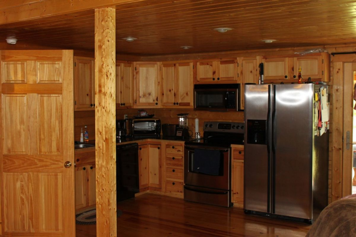 Large log cabin kitchen