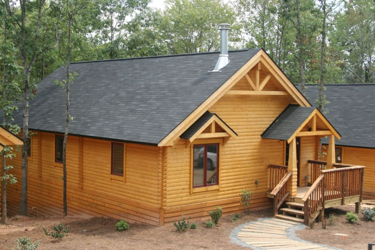 vacation cabin exterior