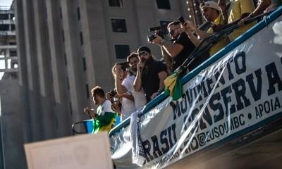 Movimento Brasil Conservador agrega apoiadores de Jair Bolsonaro em manifestações neste dia 30 37