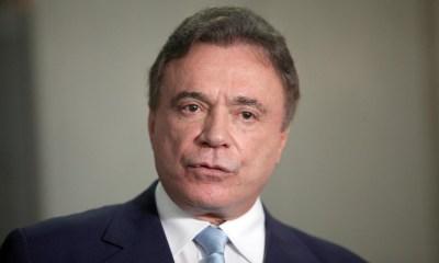 Álvaro Dias diz que Bolsonaro tem 'ausência de liderança' 123