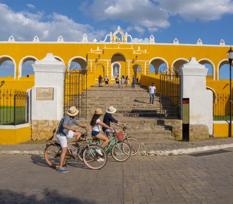 Conexstur-tour-operator-mexico-yucatan-destination-izamal-yellow-city