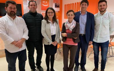 La patronal del comercio Confecomerç CV se reúne con la candidata a la presidencia de la Generalitat por Compromís Mónica Oltra