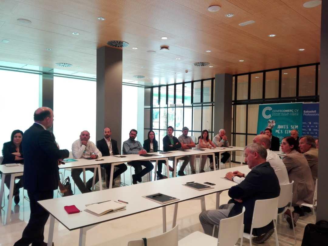 CONFECOMERc CV firma un convenio de colaboración con Banc Sabadell (5)