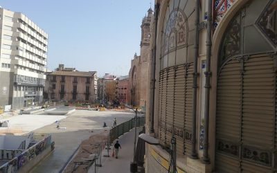 El Mercado Central muestra su apoyo a la rehabilitación de los edificios abandonados de la calle Eixarchs