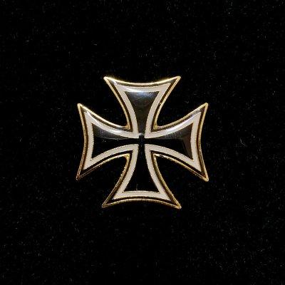 German cross lapel pin