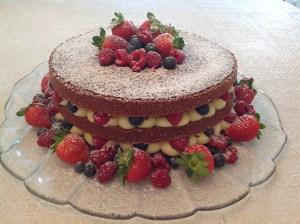 naked-cake-de-frutas-vermelhas