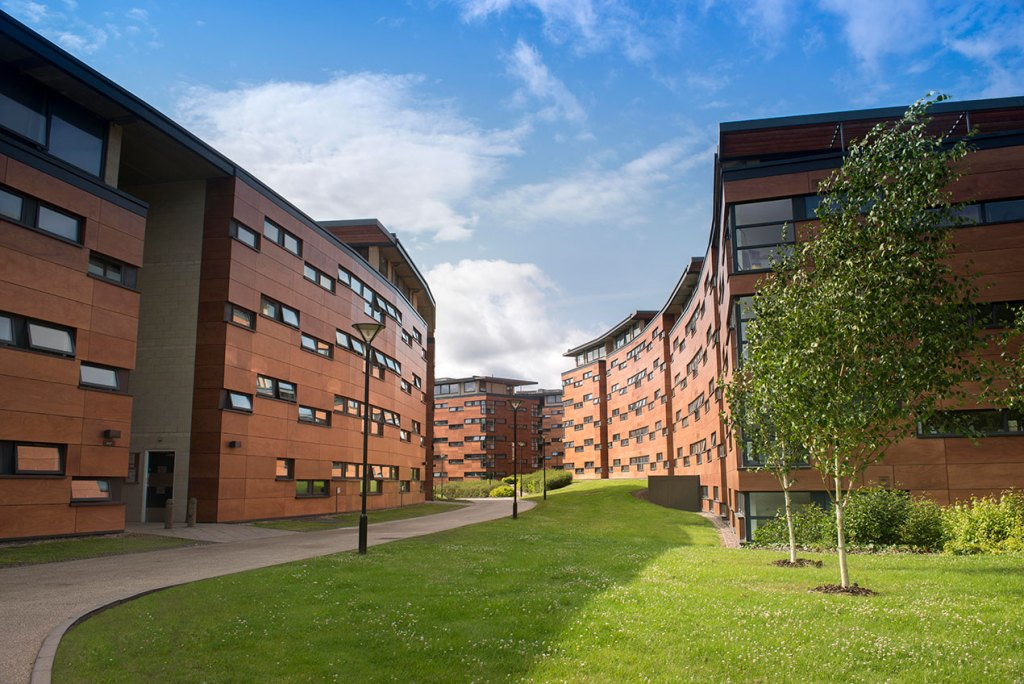 Mason accommodation at the Vale