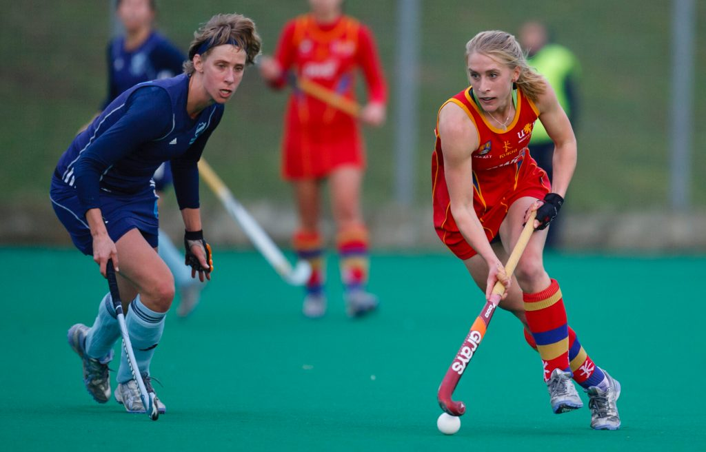Close up of teams playing hockey, a key B2022 Commonwealth Games sport.
