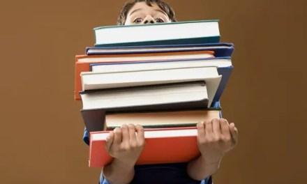 Testi per le vacanze e scolastici: no all'acquisto diretto nelle scuole