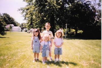 I wish we were still this cute :(