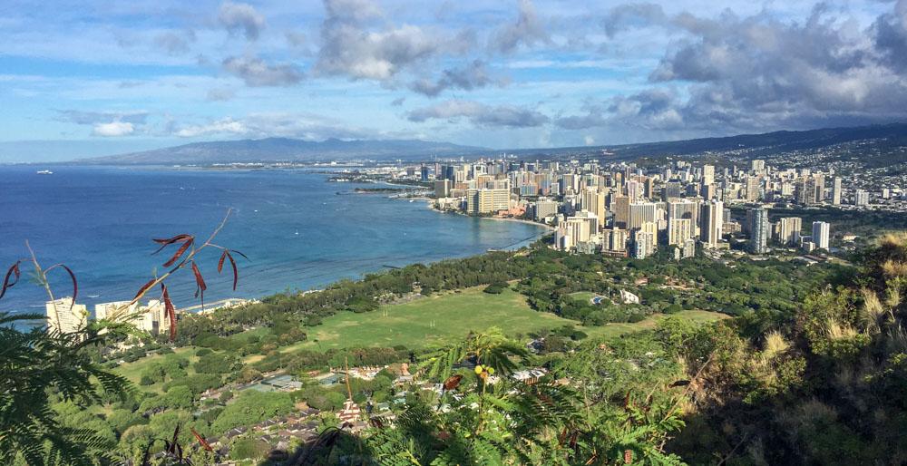 Diamondhead Waikiki Hawaiian Islands - Oahu