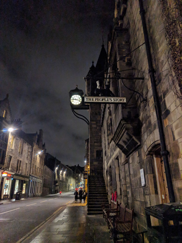 Highlights of Edinburgh Night Tour Confessions of a Travaholic