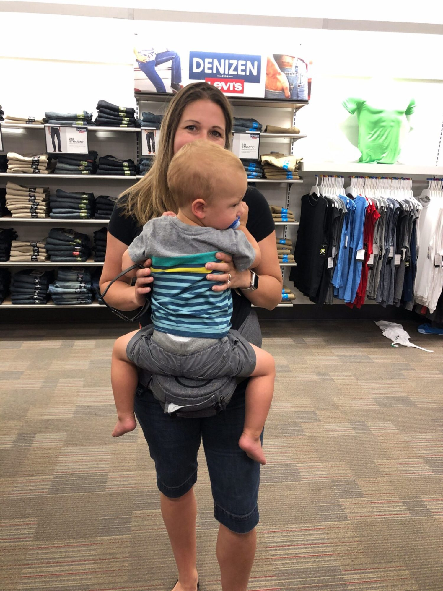 Do you struggle to find things for your toddler to do while in public? We have 10 ways to entertain your toddler in public to keep them from running away!